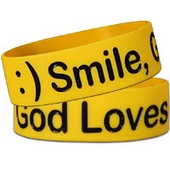 Wide Silicone Wristband: Smile
